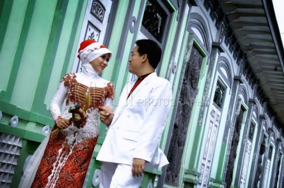 Traditional Prewedding Engagement Kebaya Photos 2_resize