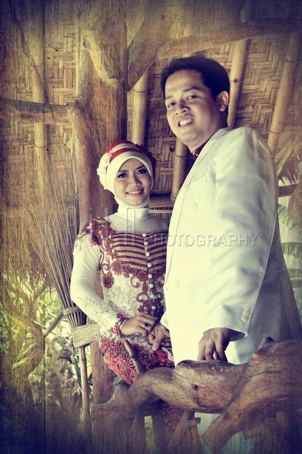 Traditional Prewedding Engagement Kebaya Photos 4_resize