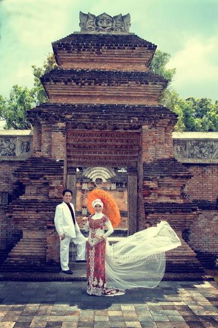 Traditional Prewedding Engagement Kebaya Photos1_resize